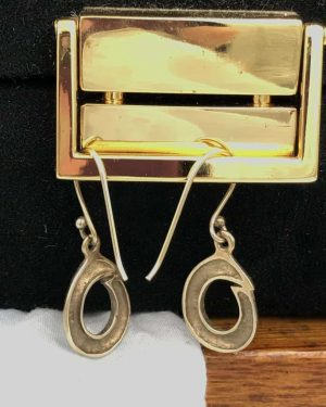 Spartan Leaf Design Round Earrings Gold Tone Dangle Hook Earrings