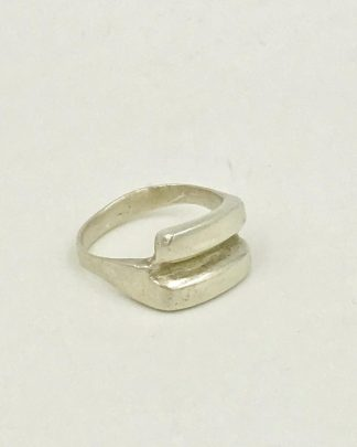 Modern Sterling Silver Vintage Band Ring Size 8 for sale