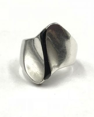 Vintage Sterling Silver Mexico Modernistic Geometric Black Stripe Ring
