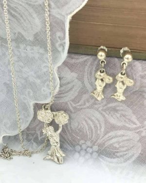 Cheerleader Silver Tone Necklace Charm Earring Jewelry Set 18″ – Team Cheer Gift