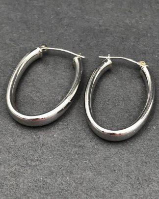 Vintage 14K White Gold Oval Dome Hoop Earrings
