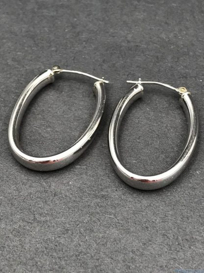 Vintage 14K White Gold Oval Dome Hoop Earrings