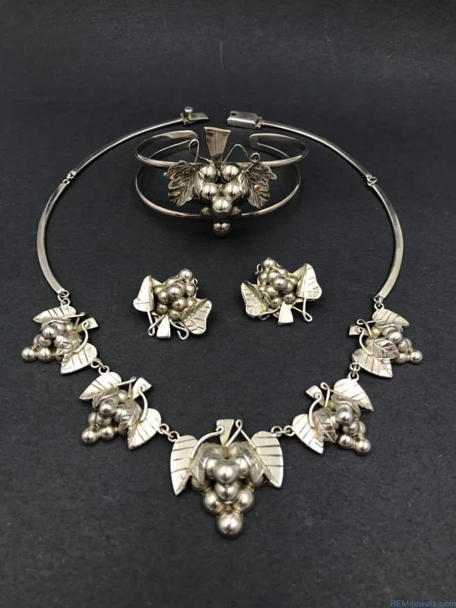 d86297745 Sterling Silver Jewelry Set Mexico 925 Vintage Grape Cluster Leaf ...