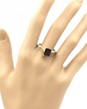 Vintage Emerald Cut Garnet Ring 14k Yellow Gold Size 9.5