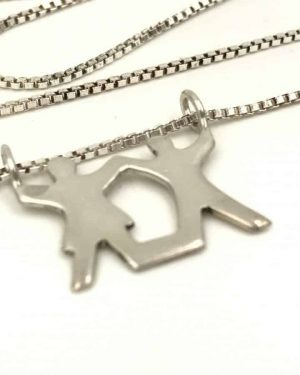 Vintage Sterling Silver Couple Holding Hands Love Necklace 18″ 925