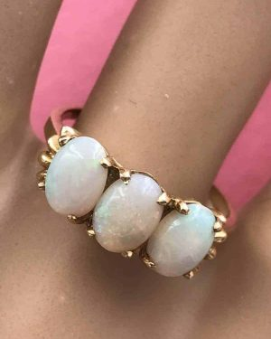 Vintage Three Stone Opal Ring 14K Yellow Gold Size 7.5