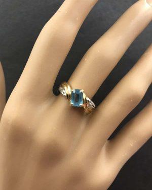 Blue Topaz Diamond Ring 10K Yellow Gold Women's Vintage Size 6.5