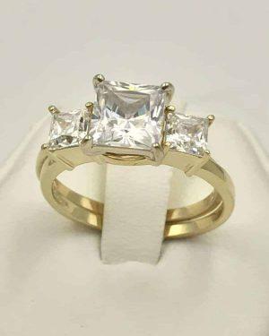 Yellow Gold 14k Three Stone Engagement Wedding Ring Size 7