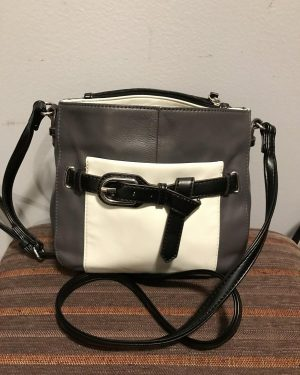 TIGNANELLO Pebble Leather Crossbody Shoulder Bag Purse Grey Black White – Like New – Clean