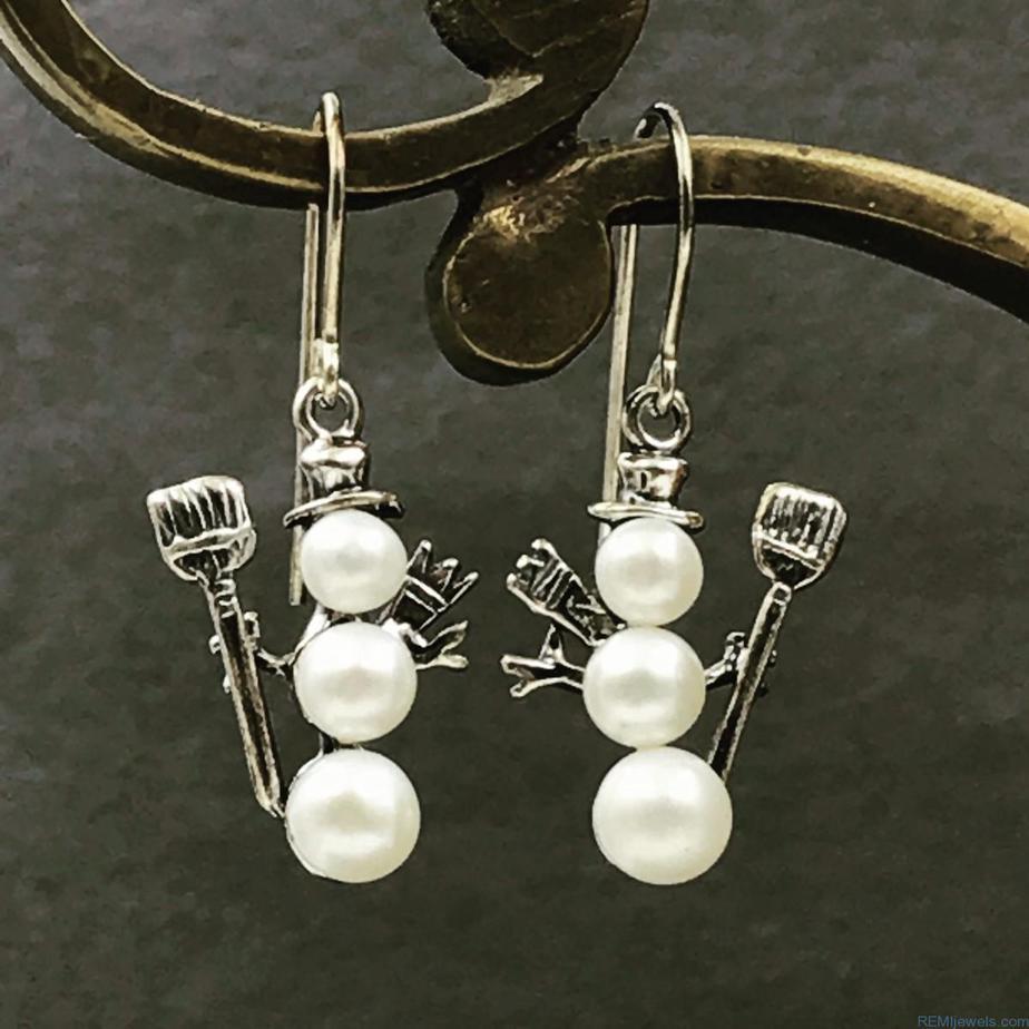 Christmas Sterling Silver Triple Pearl Snowman Earrings Hat Scarf Shovel