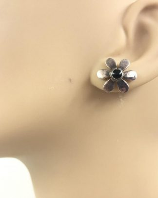 Vintage Sterling Silver Daisy Flower Black Stone Post Stud Earrings