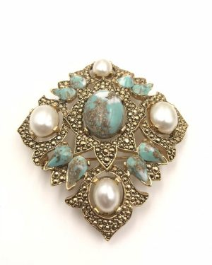 Remembrance Vintage Brooch Pin SIGNED SARAH COVENTRY Pearl Blue Rhinestone Gold tone