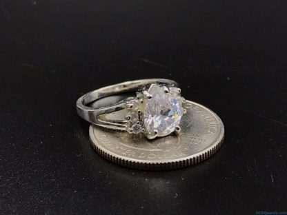 Stainless Steel Silver Tone Tear Drop Glass Cut Design Ring Size 6