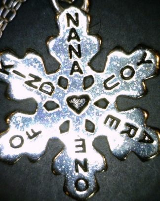 Grandma Snowflake Necklace Sterling Silver Grandmother Mimi Nana Charm -925