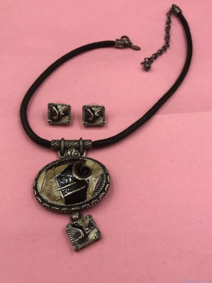 CHICO's Rope Necklace Abstract Pendant Necklace Matching Earring Set