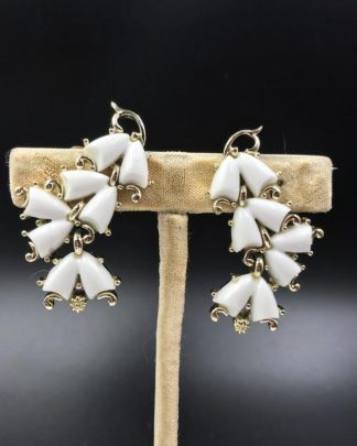 Vintage Kramer White Lucite Flower Dangle Clip Earrings