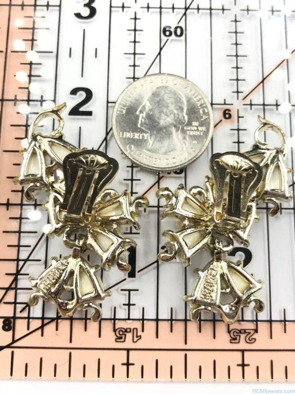 Vintage Kramer White Lucite Flower Dangle Clip Earrings