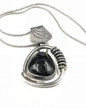 Unique Vintage Sterling Silver Huge Facet Spirals Black Pendant Necklace 17″ 925
