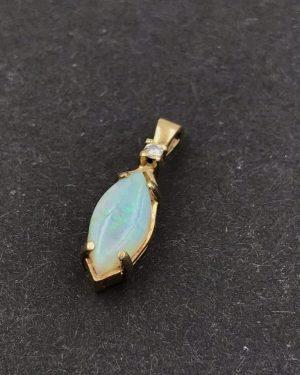 Vintage 14K Yellow Gold Natural Colorful Opal Diamond Pendant Signed JJ
