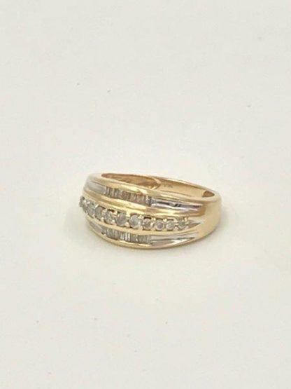 for sale Diamond Wedding Band 10K Yellow Gold Size 7 Baquette Unique Design Engagement Ring 4.64 grams
