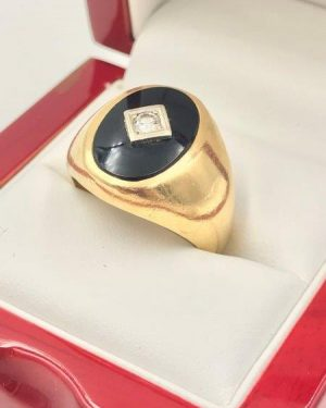 Mens 14K Yellow Gold Black Onyx Diamond Heavy Ring Size 10