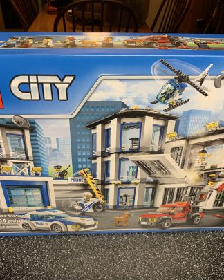 NEW LEGO City Police Station 60141 for sale