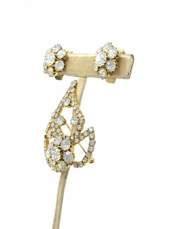 Beautiful Brooch Clip Earrings Aurora Borealis Rhinestone for sale