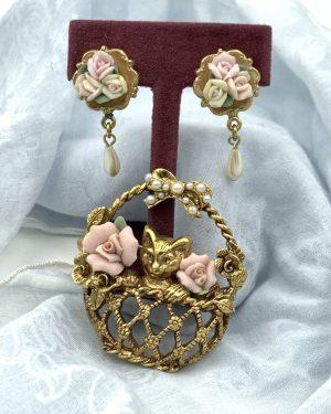 Vintage 1928 Cat Porcelain Roses Brooch Pin Earrings