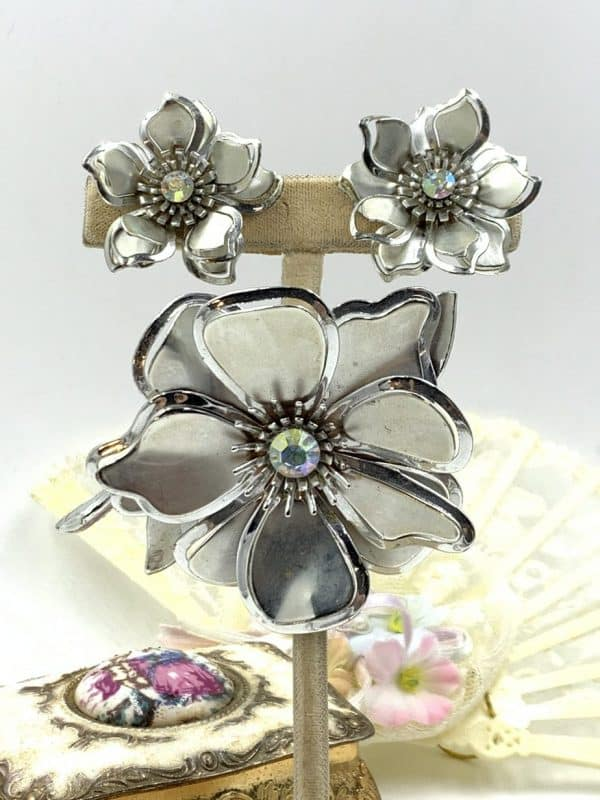 Vintage Flower Brooch Clip Earrings Aurora Borealis Rhinestone for sale