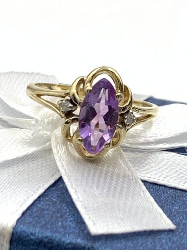 Purple Amethyst Gemstone 10K Yellow Gold Diamond Ring Size 6